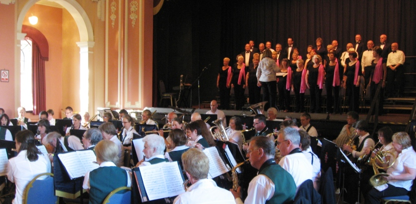Kendal Concert Band with York Concert Band and the TadCorale.